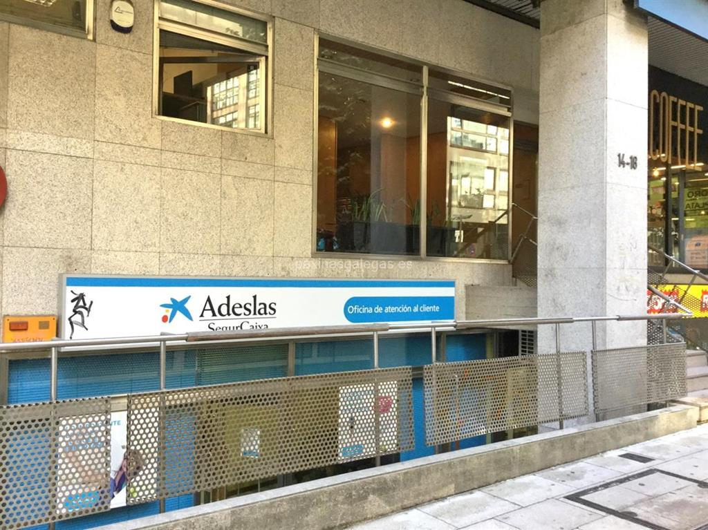Adeslas segurcaixa santiago for Oficina de adeslas