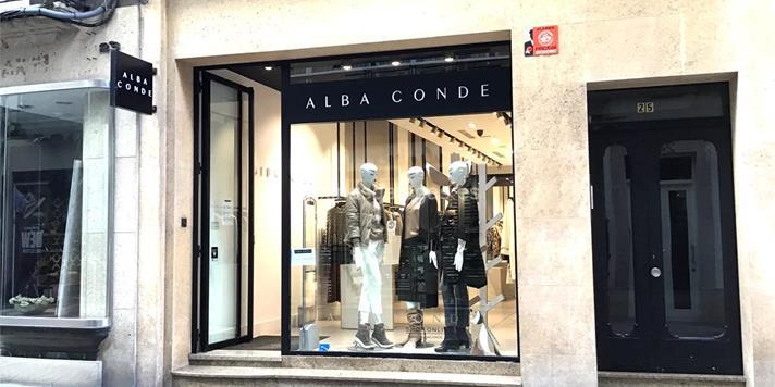 size 40 7312f a3d27 Alba Conde - A Coruña (Real, 25)