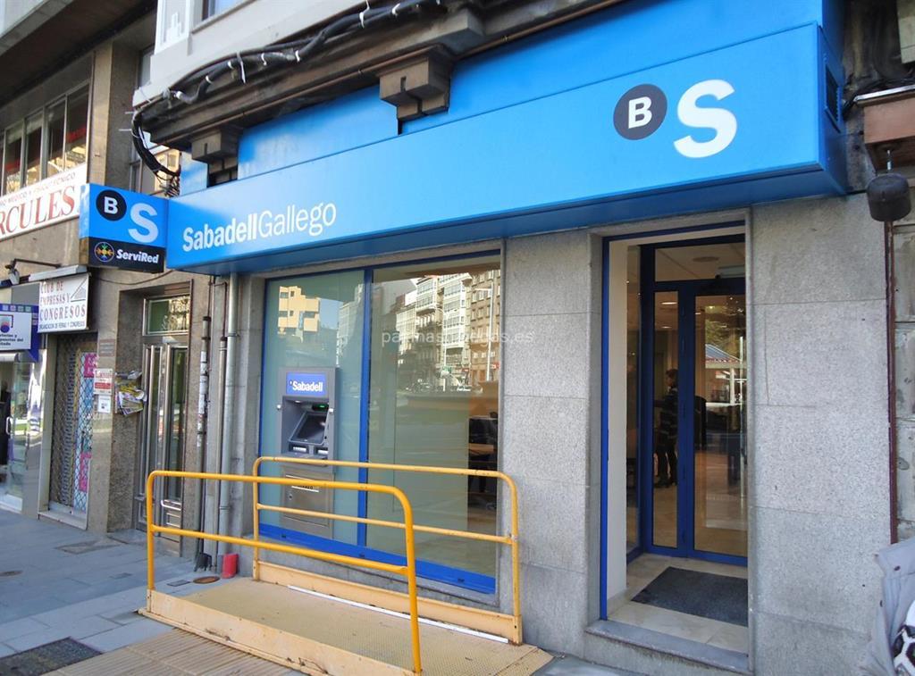 Banco sabadell gallego a coru a concepci n arenal 19 for Horario oficinas sabadell
