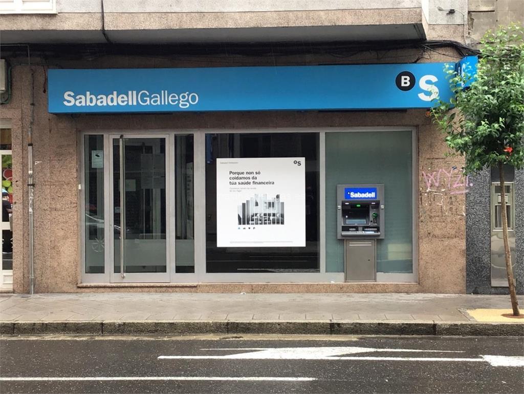 Banco sabadell gallego ourense ervedelo 41 for Horario oficinas sabadell