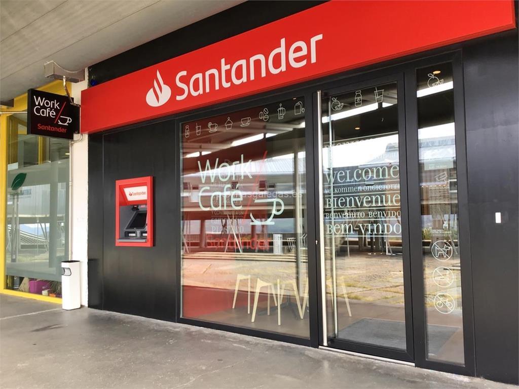 Banco santander vigo lagoas s n marcosende for Oficinas banco pastor vigo