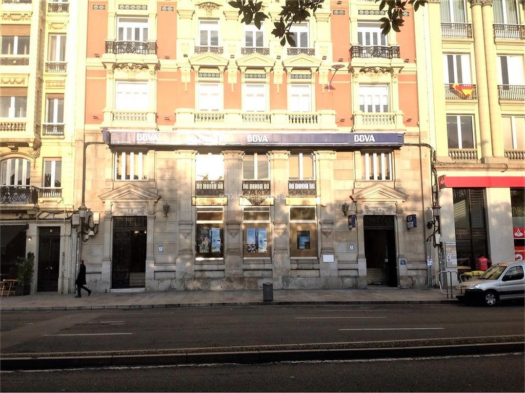 Bbva a coru a cant n peque o 18 21 dur n l riga 9 for Bbva oficines barcelona