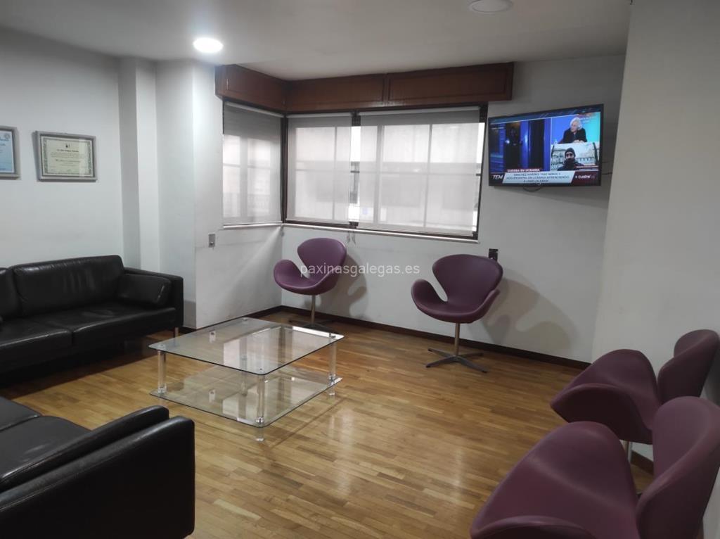 Cl nica dental julio v zquez ourense - Clinicas veterinarias ourense ...