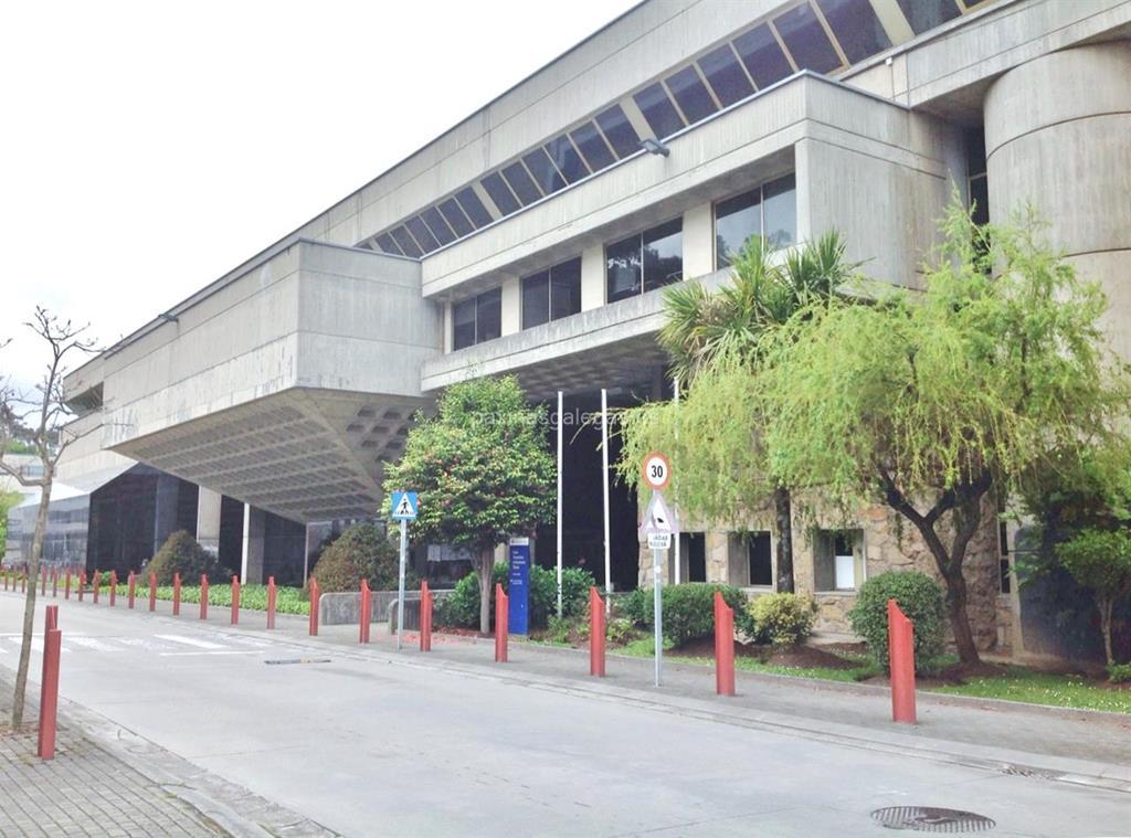 Escola universitaria de arquitectura t cnica escuela a for Arquitectura tecnica a distancia