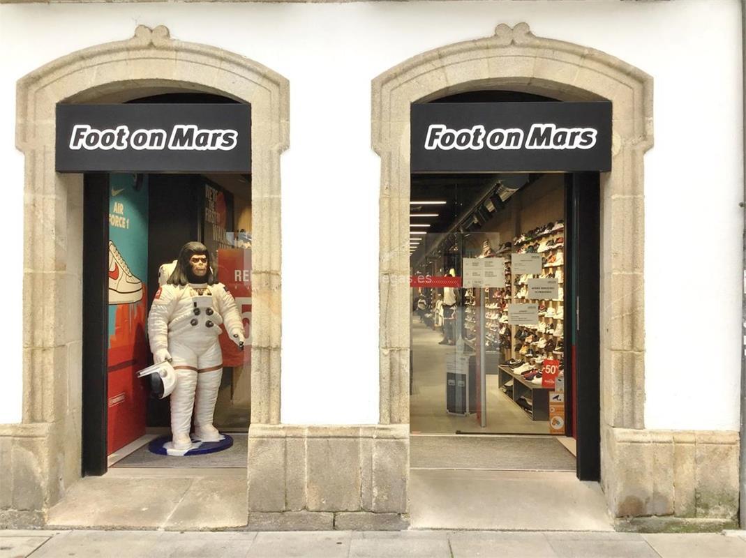 Zapateria Foot On Mars En Lugo