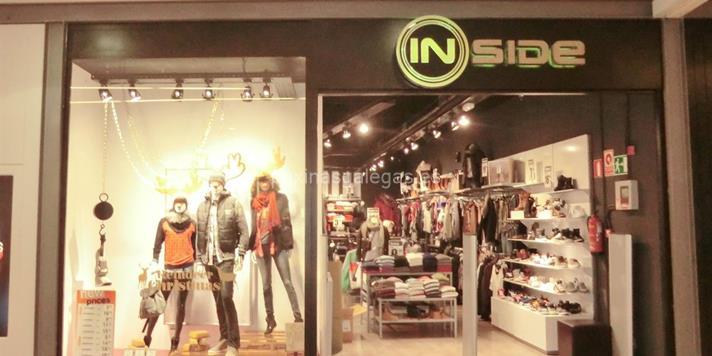 4fdeec1e90 Tienda de Ropa - Inside - Narón