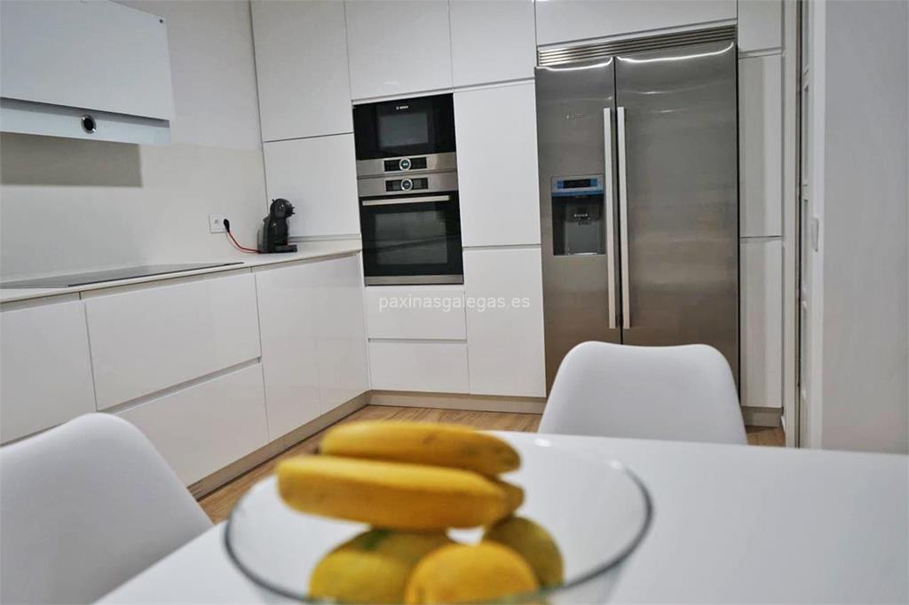 Joyber cocinas vigo for Muebles de cocina vigo