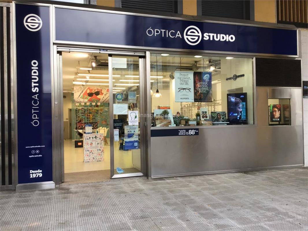 3089657a90 Número de teléfono, calle, web, correo, horario y más información de Óptica  Studio - Outlet (Chanel) en Vigo. Graduación de vista, adaptación de lentes  de ...
