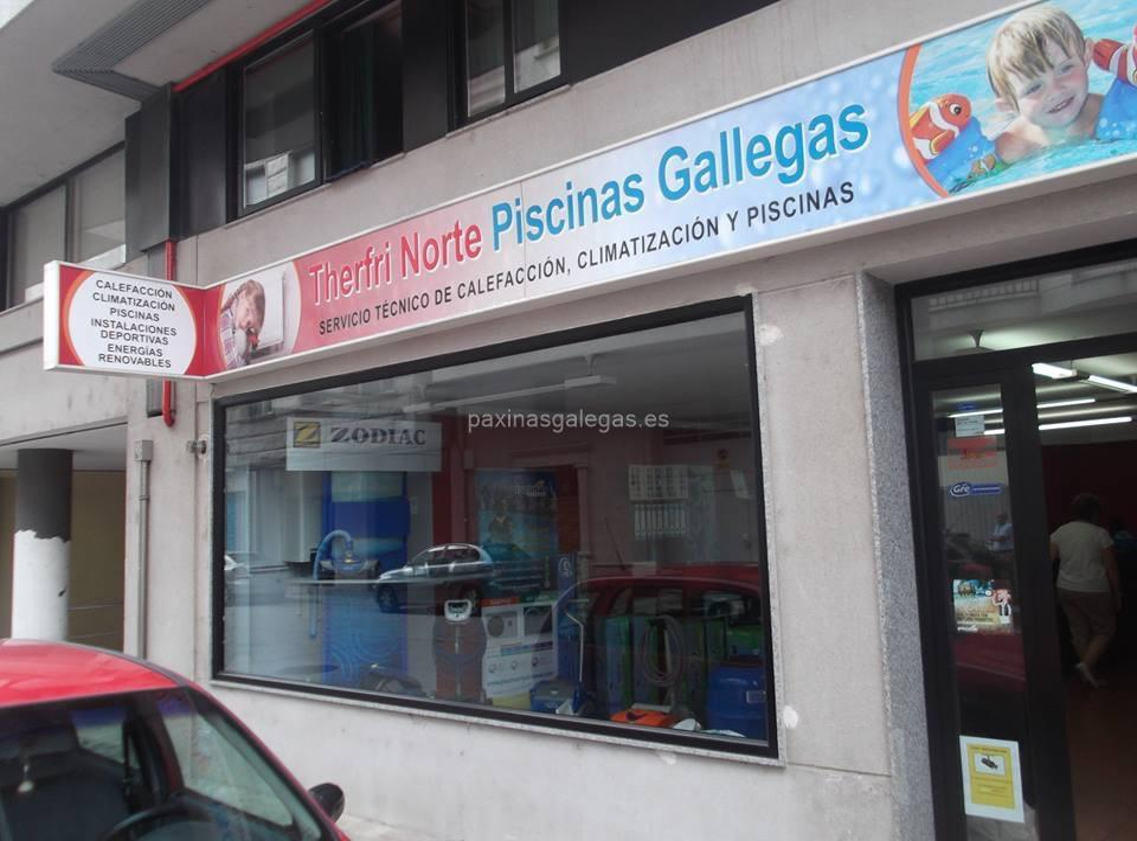 Piscinas gallegas monforte for Piscina monforte de lemos