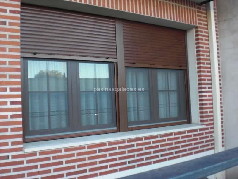 River gar s l a coru a for Colores ventanas aluminio imitacion madera