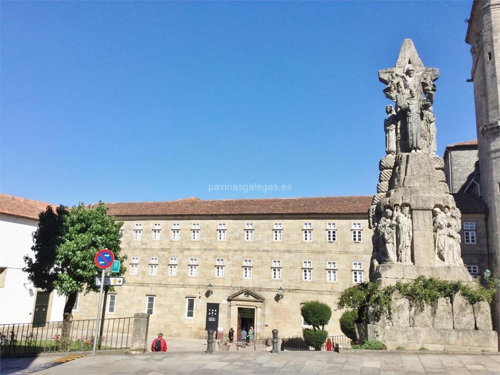 San francisco hotel monumento santiago for Oficina correos santiago de compostela