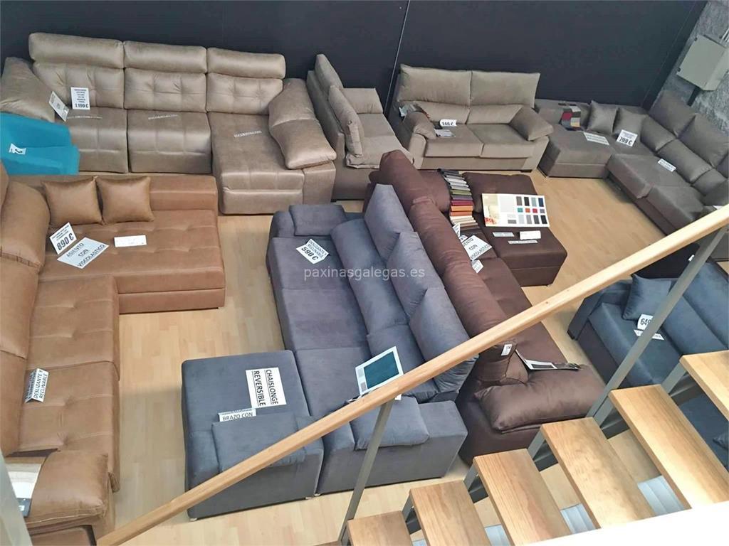 Contemporáneo Gran Estrado Con Muebles De Almacenamiento Imágenes ...