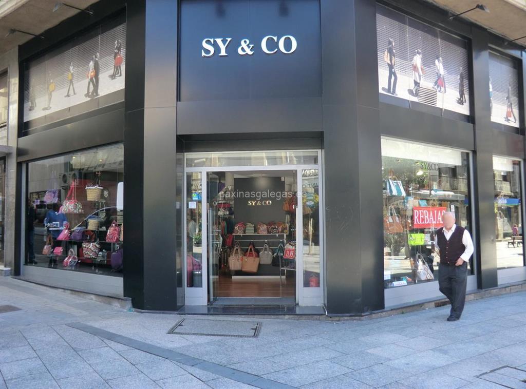 Complementos Sy&Co en Vigo (Urzáiz, 142 )