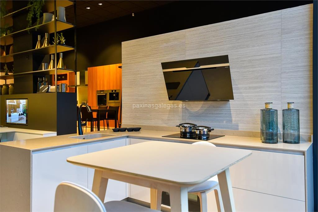 Muebles de cocina y ba o vicente de la fuente santiago for Colchones santiago de compostela